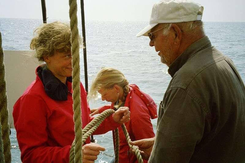 met familie en vrienden zeilen op het IJsselmeer